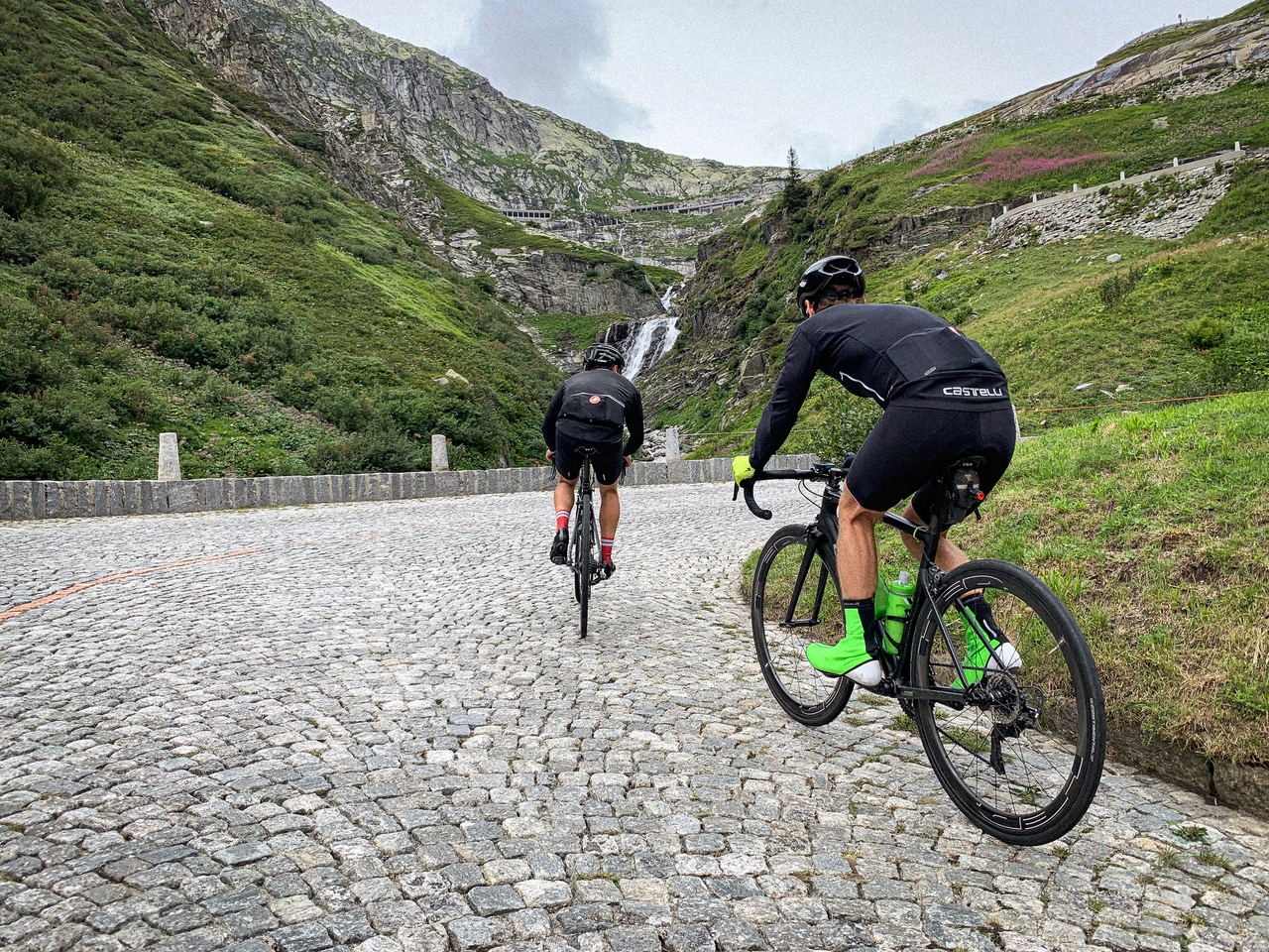 Cobbles and climbs, who could ask for more!